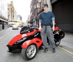 John Cusack Rides Can-Am Spyder Across Ireland