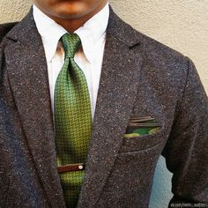 A military inspired dapper outfit! Sharp Dressed Man, Well Dressed Men, Mens Attire, Mens Suits, Traje Casual, Tweed Suits, Tweed Jacket Men, Mens Tweed Suit, Brown Tweed Suit