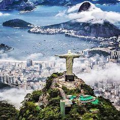 Las #olimpiadas terminaron lamentablemente pero nos queda por siempre un hermoso #souvenir de la bella #saopaulocity  www.placeok.com http://ift.tt/1YRu3r8  #placeok #travelbloggers #travelblog #natureaddict #traveladdict #bestvacations #travelstoke #liveauthentic #beautifuldestinations #welltravelled #passionpassport #adventuremobile #exploremore #passportexpress #dametraveller  #nothingisordinary  #travelinspector #bucketlist #wanderlust #jjoo  #olympics #olympics2016