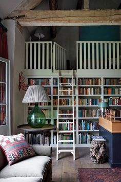 Emma Burns Barn Conversion Guest Annex Library | Real Homes (houseandgarden.co.uk)