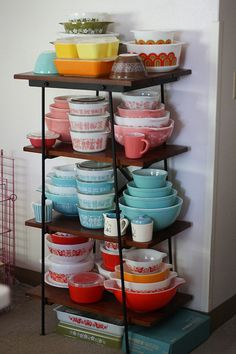 JeniB's pyrex collection! (only some of it, of course)