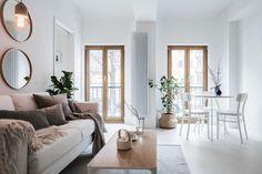 Pequeno, mas espaçoso apartamento moderno na Suécia