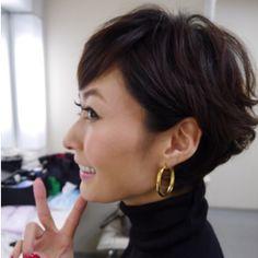 田丸麻紀の髪型画像まとめ!ショートヘアからパーマまで!ヘアスタイルのお手本に!のサムネイル画像