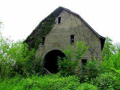 Old Indiana brick barn