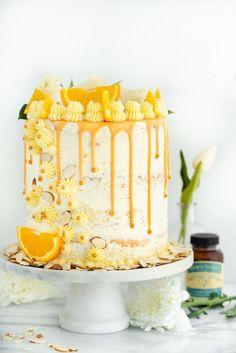 Vanilla Orange Almond Cake Recipe - Vanilla orange and almond soaked Vanilla Orange Almond Cake Recipe. Vanilla orange and almond soaked cake with layers of orange almond buttercream. Food Cakes, Cupcake Cakes, Cupcakes, Muffin Cupcake, Drip Cakes, Best Cake Recipes, Dessert Recipes, Layer Cake Recipes, Layer Cakes