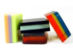 Learning to Layer Melt & Pour Soap | Handmade Soap Recipes — Recipes & Tutorials Crafting Library