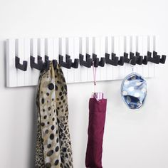 Encontrar Más Ganchos Para batas Información acerca de Nueva llegada forma de piano de madera de pared decorativos ganchos para ropa llaves abrigo ropa estante de la pared home decor 50 cm x 15 cm, alta calidad wall hook, China wall hooks for clothes Proveedores, barato hooks for clothes de Household Products & Lighting Wholesale en Aliexpress.com