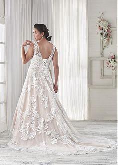 comprar Maravillosa de tul de novia de escote una línea de vestidos de novia más el tamaño de lentejuelas Appliques del cordón de descuento en Dressilyme.com