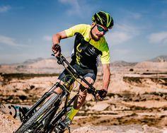Cuatro ciclistas ponen a prueba lo último en textil de Sprinter