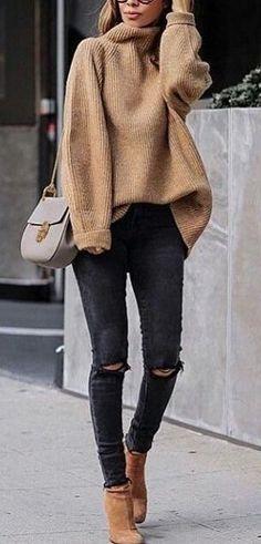 #fall #outfits women's brown sweat shirt