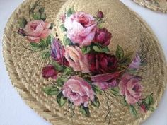 Painted Hats, Painted Clothes, Hand Painted, Hat Decoration, Fancy Hats, Dollar Store Crafts, Summer Hats, Hat Pins, Fabric Painting