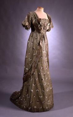Enchanted Serenity of Period Films: Edwardian Fashion - Gallery Edwardian Clothing, Edwardian Dress, Antique Clothing, Edwardian Fashion, Historical Clothing, Vintage Fashion, Edwardian Era, Historical Dress, Victorian