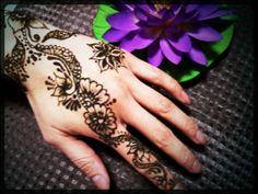 mehendi   henna tatto メヘンディ ヘナタトゥー hitomi.y