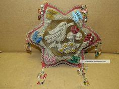antique_beaded_folk___art_pillow__whimsy_pin_cushion__bird___flower___rose__wall_hanging_1_lgw.jpg (1600×1200)