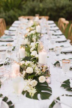 Tropical Wedding Centerpieces, Tropical Wedding Decor, Tropical Decor, Floral Wedding, Wedding Flowers, Tropical Weddings, Tropical Interior, Tropical Furniture, Tropical Flowers