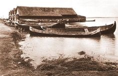 Romania - old photos - by Kurt Hielscher Danube Delta, Photomontage, Fishing Boats, Black And White Photography, Romania, Old Photos, Water, Costume, People
