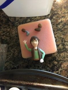 Katie's How to Train Your Dragon party turned out awesome, and everyone had a good time, but the cake... It deserves its own blog post. Beca...