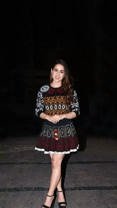 Bollywood Actors, Bollywood Celebrities, Sara Ali Khan, Sequin Skirt, Sequins, Indian, Skirts, Beauty, Collection
