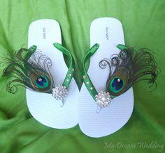 Green Peacock Feather Flip flops with Swarovski door MyDreamWedding