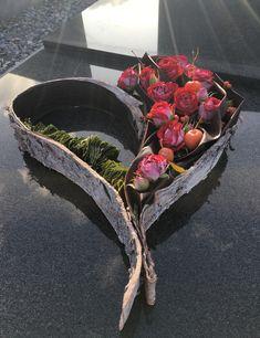 Modern Flower Arrangements, Funeral, The Originals, Flowers, Other, Royal Icing Flowers, Flower, Florals, Modern Centerpieces