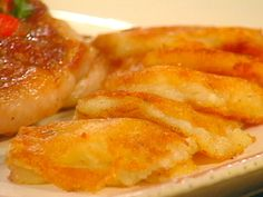 Get this all-star, easy-to-follow Mashed Potato Cakes recipe from Sara's Secrets