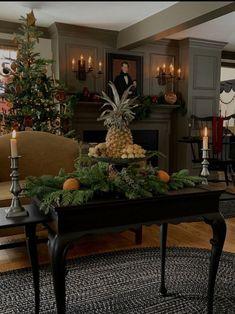 Southern Christmas, Prim Christmas, Christmas Mantels, Christmas Design, All Things Christmas, Simple Christmas, Williamsburg Christmas, Colonial Williamsburg, Primitive Christmas Decorating