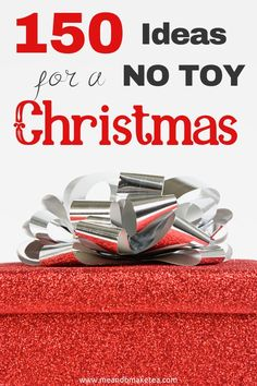 If you're fed up of more toys for Christmas, have a look at this huge list of no toy gift and present ideas and hacks. They are great for older and younger kids. Christmas Toys, Christmas Presents, Christmas Present Ideas For Mom, Christmas Ideas, Christmas 2014, Family Christmas, Non Toy Gifts, Fun Gifts, Jüngstes Kind
