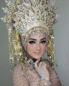 Barbie look for Resepsi Bridal Hijab, Wedding Hijab, Hijab Bride, Wedding Bride, Muslimah Wedding Dress, Muslim Wedding Dresses, Indonesian Wedding, Make Up Pengantin, Akad Nikah