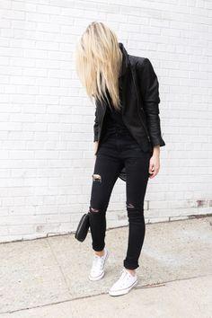 Jeans escuro com all star branco