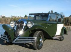 1934 Brewster Ford Town Car - (Brewster & Company, Long Island City, New York, 1910-1937)