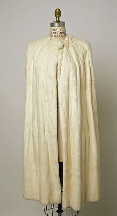 Cape  Department Store: Henri Bendel  Date: 1926–30 Culture: American Medium: fur, silk, metallic thread Accession Number: 1979.344.13