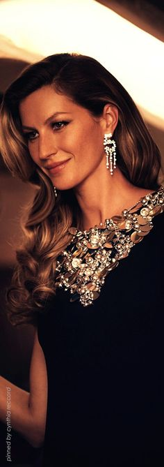 Gisele Bundchen in BLACK (check out earrings... for Chanel NO 5) | cynthia reccord