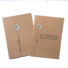 In moeilijke tijden is het fijn om een kaart te krijgen. #lievigheidje #kaart #post #gecondoleerd #condoleance #bloemetje #handmade #kaarten #kraft #wit #oprechtedeelneming #sterkte #kleinemoeitegrootgebaar #steun #margriet #flower Notebook Cover Design, Notebook Covers, Karten Diy, Bookbinding, Hobbies And Crafts, Diy Cards, Homemade Cards, Cardmaking, Birthday Cards