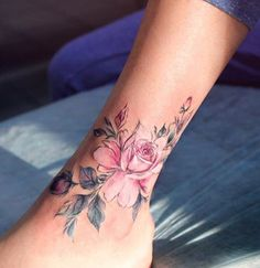 Anna Yershova flower tattoo