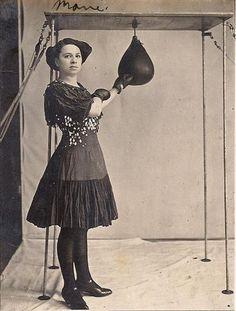 C1915 Edwardian Woman Boxer w Punching Bag Original Vintage Boxing Photograph | eBay
