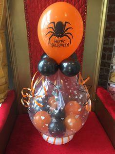 Balloon Centerpieces, Happy Halloween, Christmas Bulbs, Holiday Decor, Home Decor, Christmas Light Bulbs, Homemade Home Decor, Interior Design, Home Interior Design