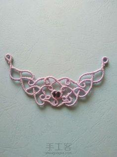 织梦 Macrame Bracelets, Macrame Bag, Macrame Necklace, Beaded Bracelet Patterns, Macrame Knots, Macrame Jewelry, Macrame Tutorial, Pretty Necklaces, Photo Tutorial