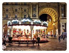 Florence's Piazza della Repubblica at night