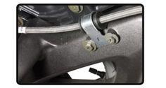 Flexível de freio metálico   Flexível de freio metálico que não há dilatação na frenagem