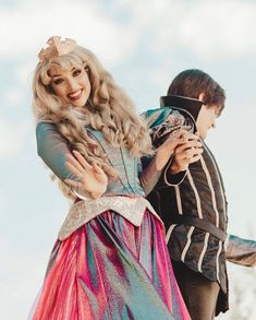 Sleeping Beauty Cosplay, Aurora Sleeping Beauty, Disney Parks, Walt Disney, Disney Face Characters, Disney Frozen Elsa, Princess Aurora, Park Photos, Disney Pictures