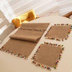Diy Pillows Ideas For Kids Diy Pillows, Decorative Pillows, Diy And Crafts, Crafts For Kids, Crochet Decoration, Crochet Christmas Ornaments, Ramadan Decorations, Burlap Lace, Burlap Crafts