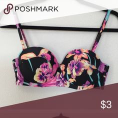 ISO SMALL Roxy spring fling bikini strap bandeau I have this but it was marked as a M but it feels like a Roxy L. (No tag). I need this in small and cannot find it anywhere; it doesn't want to surface any platform in size SMALL! It runs big for sure. Anyone whom has this in a medium i would please kindly ask for measurements as the one I have, inside cup measure just over 6 inches and totally open back band measures 28 inches all the way across. If that is a M I def need a small as it's huge…