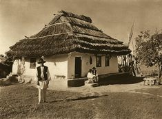 "1933 appeared in Leipzig the photo album ""Romania"" with the signature of the photographer Romania People, Architecture Old, Bucharest, Fairy Houses, Traditional House, Old Photos, Vintage Photos, Countryside, Bali"