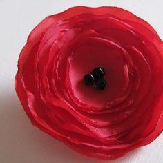 Poppy Pin Brooch Fabric - Deep Red sur Etsy, 4,57€