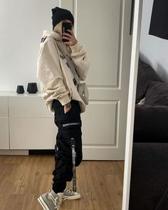Swaggy Outfits, Tomboy Outfits, Tomboy Fashion, Retro Outfits, Grunge Outfits, Cute Casual Outfits, Streetwear Fashion, Fashion Outfits, Boyish Outfits