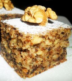 Cake with apples and apple is a tender dessert … Romanian Desserts, Romanian Food, No Cook Desserts, Delicious Desserts, Yummy Food, Baking Recipes, Cookie Recipes, Dessert Recipes, Nutella Brownies