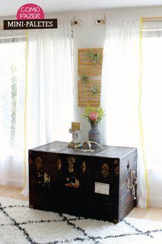 Detalhe de bolinhas nas cortinas. Não sei como chamam, mas é boa idéia para a sala