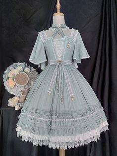 Pretty Outfits, Pretty Dresses, Beautiful Dresses, Kawaii Dress, Kawaii Clothes, Old Fashion Dresses, Fashion Outfits, Fairytale Dress, Anime Dress