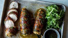 Baconsurret kyllingfilet med hvitløk- og honning-glaze Meatloaf, Fresh Rolls, Tandoori Chicken, Tapas, Frisk, Nom Nom, Sausage, Food And Drink, Bacon