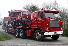 What a great set of Volvo's! Old Mack Trucks, Big Rig Trucks, Cool Trucks, Volvo Cars, Volvo Trucks, Train Truck, Tow Truck, Benne, Truck Transport